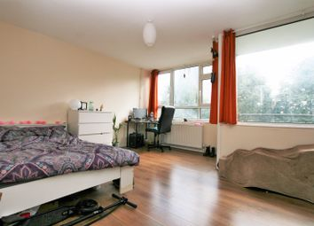 Thumbnail 3 bed maisonette to rent in Nelson Gardens, Shoreditch