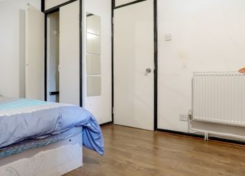 3 bed flat to rent in Beadnell Court, Tower Bridge E1