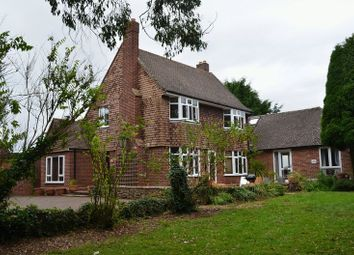 Thumbnail 6 bed detached house to rent in Hampton Poyle, Kidlington