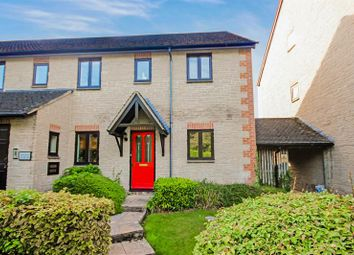 Thumbnail 2 bed flat for sale in Ducklington Lane, Witney