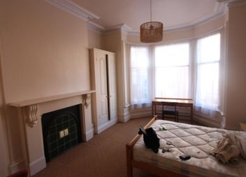 Thumbnail 2 bed flat to rent in St. James Road, Leicester