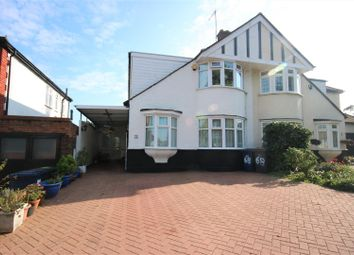 4 bed property for sale in Russell Lane, Whetstone, London N20
