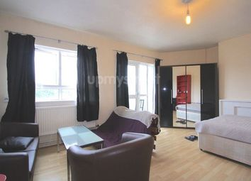 Thumbnail 4 bed flat to rent in Goldington Street, London