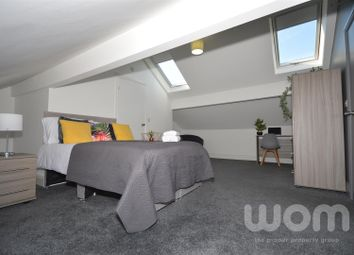Room to rent in Hassell Street, Newcastle-Under-Lyme ST5
