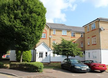 Thumbnail 2 bed flat to rent in Clarence Close, New Barnet, Barnet