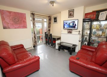 3 bed flat for sale in Grenada House, Limehouse Causeway E14