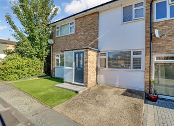 4 bed end terrace house for sale in Whitehouse Meadows, Leigh-On-Sea SS9
