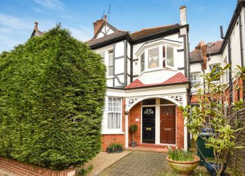 Thumbnail 2 bed flat for sale in Avondale Avenue, North Finchley