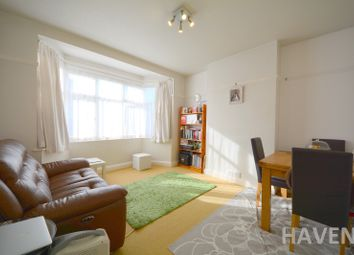 Thumbnail 2 bed flat to rent in Sherwood Hall, East End Road, East Finchley, London