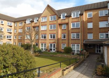 Thumbnail 1 bed flat to rent in Cassio Road, Watford