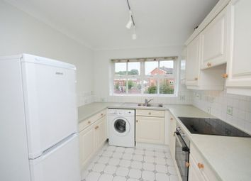 2 bed flat to rent in Byewaters, Watford WD18