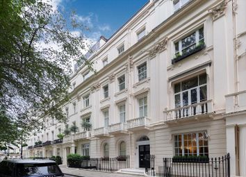 Wilton Crescent, London SW1X. 3 bed flat for sale