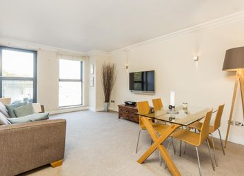 1 bed flat to let in Chelsea Gate