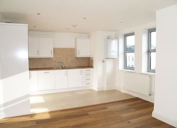 Thumbnail 2 bed flat to rent in Finchley Lane, London