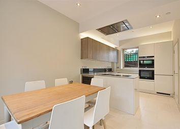 Thumbnail 4 bedroom property to rent in Sidney Gardens, Brentford