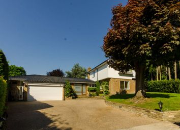 Thumbnail 5 bed property for sale in Latimer Road, Monken Hadley
