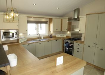 Thumbnail 2 bed mobile/park home for sale in Suffolk Sands Holiday Park, Carr Road, Flexistowe