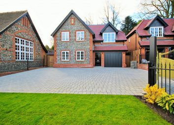 Thumbnail 3 bed detached house for sale in Watling Street, Radlett, United Kingdom