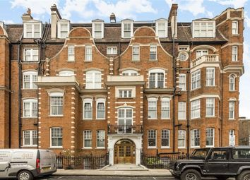 Thumbnail 4 bed flat to rent in Gloucester Walk, London
