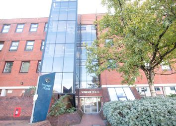 2 bed flat for sale in High Street North, Poole BH15