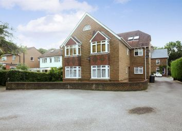 Thumbnail 1 bed flat to rent in Junction Road, Burgess Hill, West Sussex