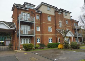 2 bed flat for sale in Coopers Rise, High Wycombe HP13