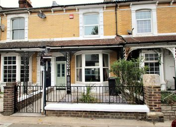 3 bed property to rent in Laburnum Grove, Portsmouth PO2