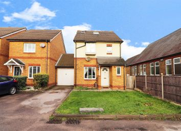 4 bed link-detached house for sale in Byron Drive, Erith DA8