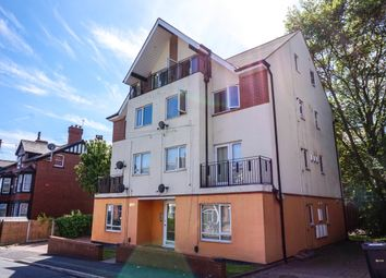 Thumbnail 3 bed flat to rent in Headingley Avenue, Leeds