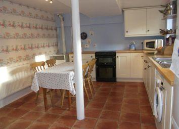 Thumbnail 2 bedroom flat for sale in White Street, Market Lavington, Devizes