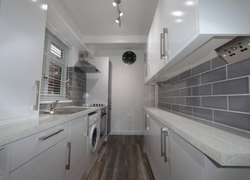 Thumbnail 2 bed flat to rent in Cherrydown Avenue, London