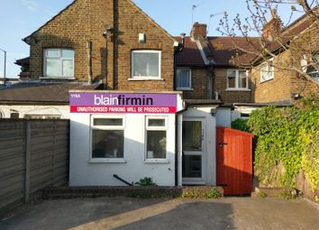 Thumbnail Studio to rent in Chase Side, Southgate