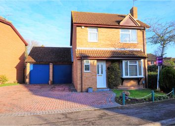 Thumbnail 3 bed detached house for sale in Longbridge Road, Thatcham