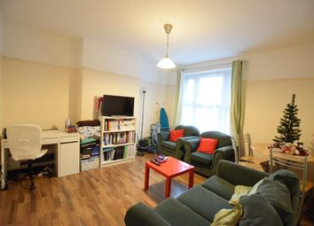 Thumbnail 2 bed flat to rent in Bowling Green Street, London