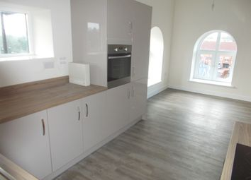 Thumbnail 2 bed maisonette to rent in London Road, Horndean, Waterloovile