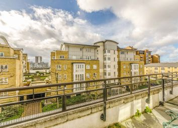 4 bed property to rent in St Davids Square, Canary Wharf E14