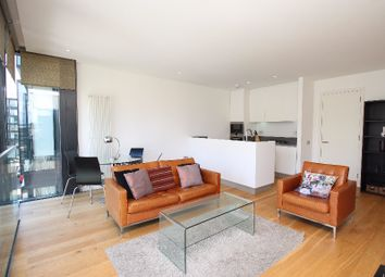 Thumbnail 1 bed flat to rent in Simpson Loan, Central, Edinburgh