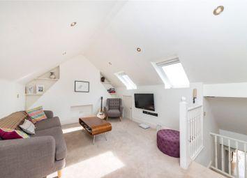 3 bed maisonette to rent in Jeddo Road, London W12