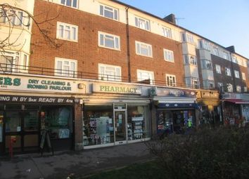 Thumbnail 2 bed flat to rent in Pyrles, Loughton