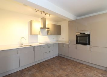 Thumbnail 1 bed flat to rent in 114 Ashley Road, St Albans