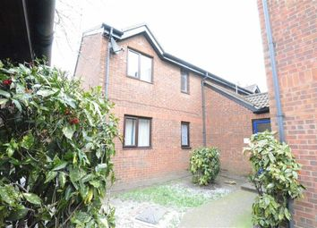 Thumbnail 2 bed flat to rent in Oakley Close, West Thurrock, Essex