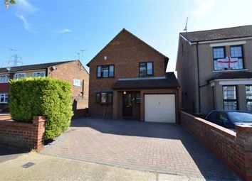 Thumbnail 3 bedroom detached house for sale in Somerset Road, Linford, Essex
