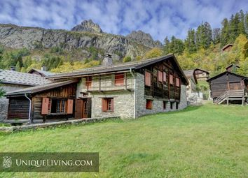 Thumbnail 9 bed villa for sale in Chamonix, French Alps, France