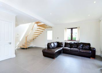 Thumbnail 4 bed property to rent in Westleigh Avenue, West Putney