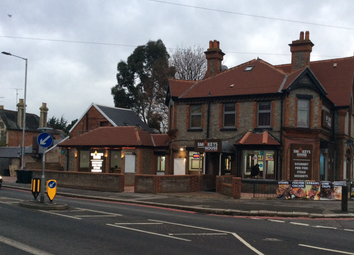 Thumbnail Restaurant/cafe for sale in Wokingham Road, Earley, Reading