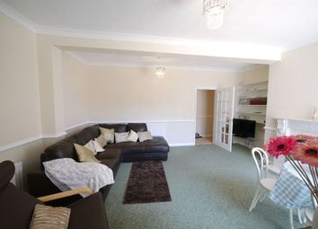 Thumbnail 2 bed flat to rent in Newlands Avenue, Gosforth, Newcastle Upon Tyne