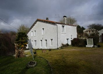 Thumbnail 4 bed farmhouse for sale in Saint-Cyr-Des-Gâts, Pays-De-La-Loire, 85410, France