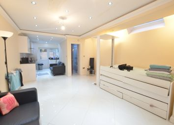 Thumbnail 2 bed maisonette for sale in Townmead Road, London