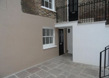 Thumbnail 2 bed flat to rent in Queen Street, Chelmsford