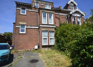 Thumbnail 2 bed flat to rent in London Road, Deal